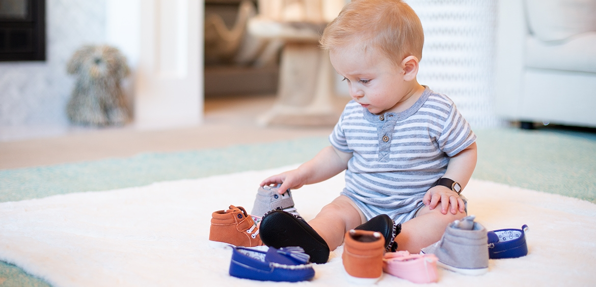 2 FREE pairs of Baby Shoes (Ju...